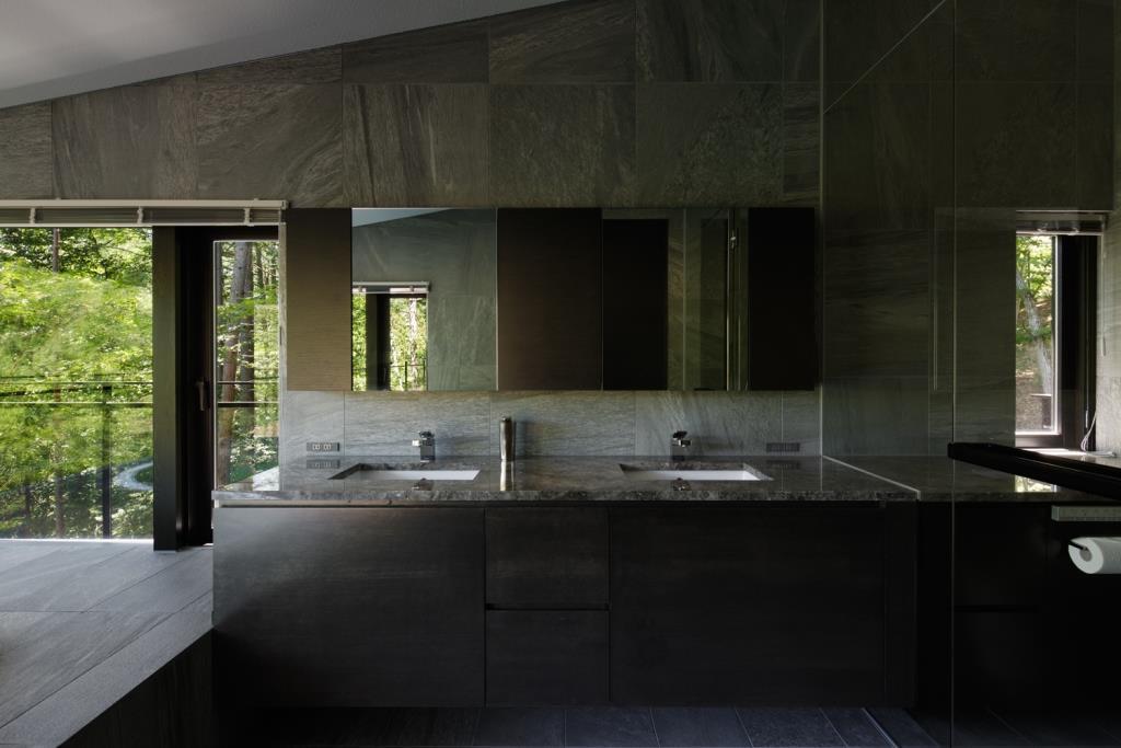別荘洗面所